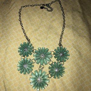 Jewelry - Flower Necklace 🌸